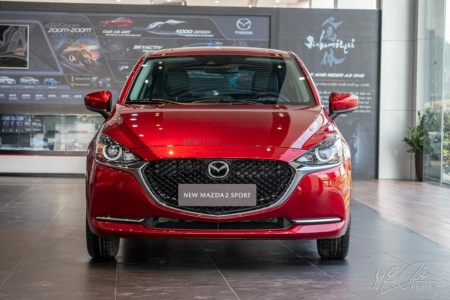 New Mazda 2 Sport Luxury